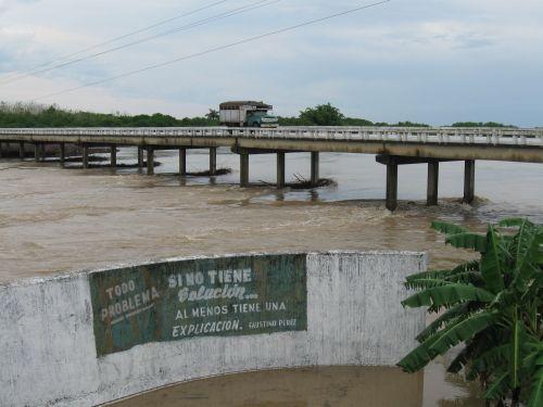 Las copiosas precipitaciones que continúan cayendo en la provincia espirituana han beneficiado a la presa Zaza, la mayor de Cuba. (foto: Vicente Brito)