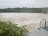 Como resultado de las intensas precipitaciones que mantienen en vilo a la provincia de Sancti Spíritus, desde la mañana de este viernes 25 de mayo comenzó a aliviar, de forma limitada, la presa Zaza. (foto: Vicente Brito)