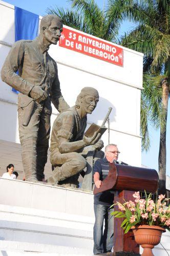 Conmemoran espirituanos 55 primaveras de la victoria. El acto conmemorativo tuvo lugar en la Plaza de la Revolución Mayor General Serafín Sánchez Valdivia.