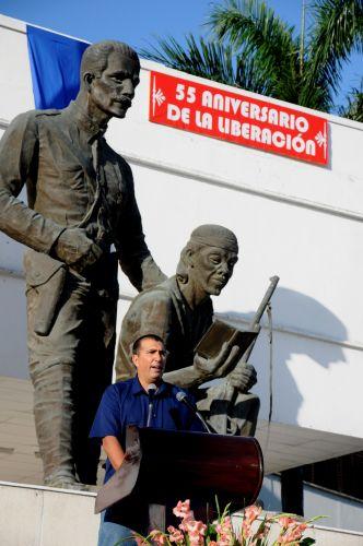 Conmemoran espirituanos 55 primaveras de la victoria. Osbel Lorenzo Rodríguez, primer secretario del Comité Municipal del Partido en Sancti Spíritus, destacó la importancia de la epopeya protagonizada hace cinco décadas y media por los combatientes rebeldes.