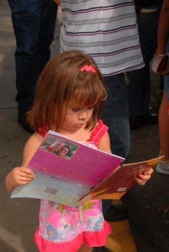 Capítulo espirituano de la Feria del Libro.En la provincia se venden desde el pasado 27 de febrero más de 200 novedades editoriales y alrededor de 70 títulos de literatura infantil.