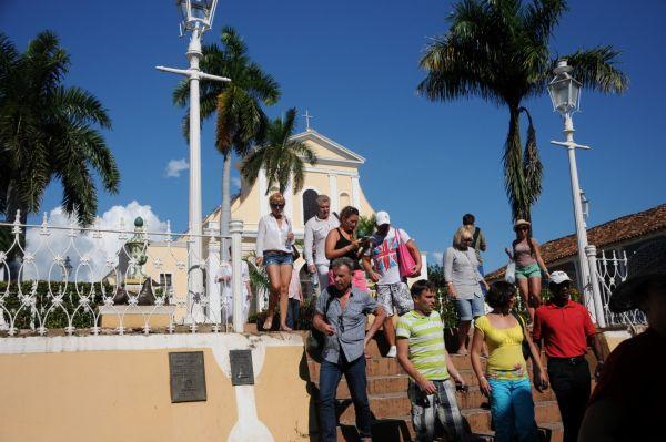 Cinco siglos de supervivencia. Visitantes de numerosas nacionalidades han confirmado su presencia en los festejos trinitarios.