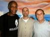 Gerardo junto a Danny Glover y Saúl Landau en la prisión de Victorville. (foto: Tomada de Internet)
