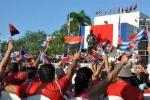 El 26 de los espirituanos. Banderas multicolores y gigantografías colmaron la plaza Mayor General Serafín Sánchez Valdivia, de Sancti Spíritus en 26. (Foto: Reidel Gallo/ Escambray)