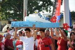 El desfile en Sancti Spíritus. Numerosas iniciativas vieron la luz en la Plaza de la Revolución Mayor General Serafín Sánchez Valdivia. (Foto: Vicente Brito/ Escambray)