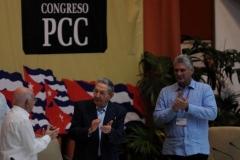 El VII Congreso del Partido. Machado, Raúl y Díaz-Canel durante la apertura del VII Congreso del PCC.