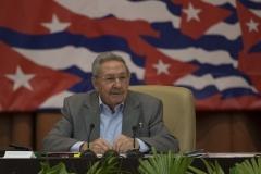 El VII Congreso del Partido. Raúl interviene ante los delegados al VII Congreso del Partido, en la sesión de la mañana de este 18 de abril.