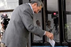 """El VII Congreso del Partido. """"Primero voy a votar por la del jefe y después la mía"""", dijo Raúl."""