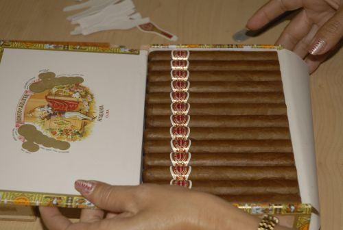 caja de tabaco