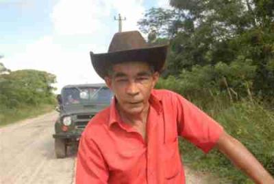 Escambray hoy. Según Arnaldo Rodríguez, para la comunidad de Polo Viejo no hubo mejor regalo que la reconstrucción del camino de acceso.