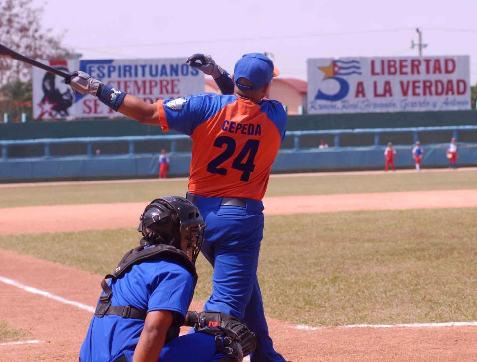 Cepeda sobre el Clásico (Cepeda: quiero seguir luchando y jugando béisbol, alargar mi carrera quizás unos 10 años más. Foto: Oscar Alfonso)