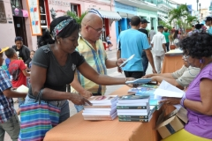 La literatura inunda a Sancti Spíritus. El bulevar espirituano en tiempos de Feria del Libro. (Foto: Vicente Brito/ Escambray)