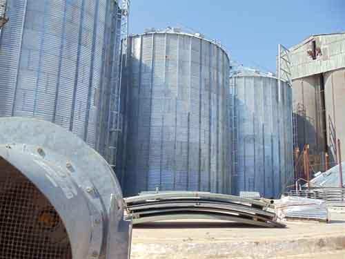 El incremento en las capacidades de almacenaje asegura resguardo para otras 4 100 toneladas de arroz. (Foto: Juan A Borrego)
