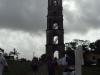 Con 43.5 metros de altura, la torre de Manaca Iznaga fue construida en siete niveles con el empleo de formas geométricas que van del cuadrado al octógono, lo que le otorga mayor distinción a la estructura.