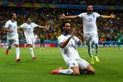 Mundial de fútbol Brasil 2014. Samaras le dio la clasificación a Grecia en tiempo de descuento.