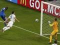 Mundial de fútbol Brasil 2014. Mario Balotelli dio la victoria a Italia en un excelente duelo ante Inglaterra.