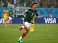 Mundial de fútbol Brasil 2014. Gol de Oribe Peralta dio triunfo a México en partido en el que fueron anulados tres goles por fuera de juego.