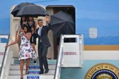 Obama en Cuba. Obama y la delegación que lo acompaña llegó a Cuba bajo una pertinaz lluvia. (Foto: ACN)