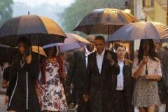 Obama en Cuba. Bajo lluvia, Obama recorrió el casco histórico de La Habana. (Foto: AP)