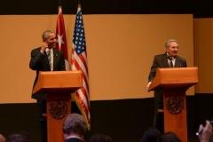 Obama en Cuba. Obama y Raúl ofrecen una conferencia de prensa luego de las conversaciones oficiales. (Foto: AP)