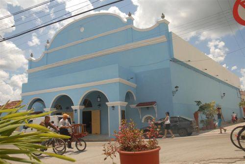 Concluido en 1839, el Teatro Principal fue sometido recientemente a una reparación capital.
