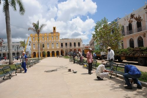 Las principales plazas de la ciudad han quedado reparadas a propósito del jubileo por el medio milenio de la villa.