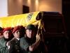 Un mar de pueblo acompaña a Chávez. Familiares cercanos, todo su gabinete ministerial, titulares de Poderes Públicos, jefes de Estado amigos, y representantes diplomáticos, rindieron honor a Chávez.