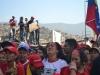 """Un mar de pueblo acompaña a Chávez. El pueblo unido jamás será vencido"""" gritaban los miles de presentes en homenaje al presidente Chávez."""