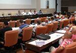 Sesionan comisiones del Parlamento cubano