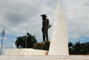 """En Yaguajay Brigada """"Cruz del Sur"""""""