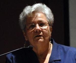 Gladys Bejerano.
