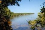 Con una extensión de 20 488 ha, de las cuales 17 709 son marinas, el Parque Nacional Caguanes es un paraíso natural
