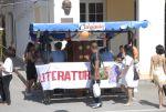En las inmediaciones del parque Serafín Sánchez se ubicó un stand para promocionar lo mejor de las letras cabaiguanenses.