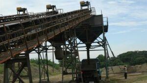 Una buena parte de la fabricación de hormigones y asfalto de alta resistencia depende de la producción de Algaba.