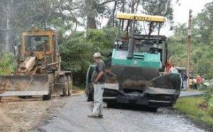 Otra acción de Comunales en el 2012 es el mantenimiento de los viales de montaña del territorio.