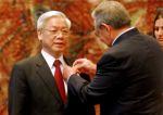 Phu Trog agradeció la distinción que afirmó recibir con gran orgullo en nombre de su heroico pueblo. (foto: AIN)
