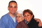 Mirta, junto a Tony y asu hija María Eugenia.