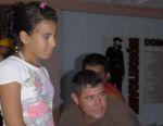 Reinel Estepe, trabajador de la pesca, junto a su hija Arabetsy.