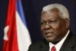 Lazo sostuvo un animado encuentro con colaboradores cubanos en Mozambique.