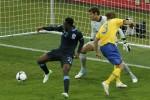 Inglaterra elimina a Suecia al vencer 3-2 en un juego no apto para cardíacos.