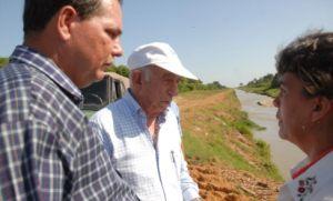Machado Ventura recorrió zonas dañadas por las intensas lluvias de varios municipios espirituanos.