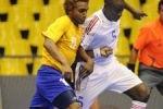 Carlos Madrigal (izquierda). (Fotos tomadas del blog del futsal cubano)