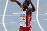El vallista cubano Yordan OFarril tras ganar el 14to Campeonato Juvenil Mundial de 110 metros con vallas.