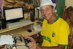 Ñico asegura que a sus 72 años continuará haciendo radio.