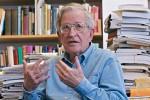 Noam Chomsky, uno de los intelectuales de EE.UU. que apoya al fundador de Wikileaks.