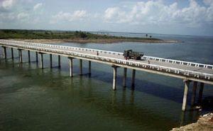 La presa Zaza, la mayor de Cuba, almacena unos 915 millones de metros cúbicos. (foto: Vicente Brito)