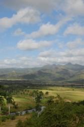 Todo un complejo monumental en un marco natural, con una extensión de 253 km2, y altos valores paisajísticos, que guardan los testigos materiales de un modo de vida y de producción de la historia azucarera de una región privilegiada en Cuba