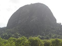 Piedra Gorda, con sus 298 metros de altura