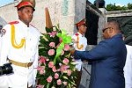 Ali Bongo Ondimba rindió tributo a los cubanos caídos por la independencia de países africanos.(foto: PL)