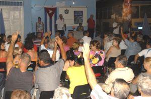 Los vecinos eligen por áreas al candidato a delegado a las Asambleas Municipales del Poder Popular.